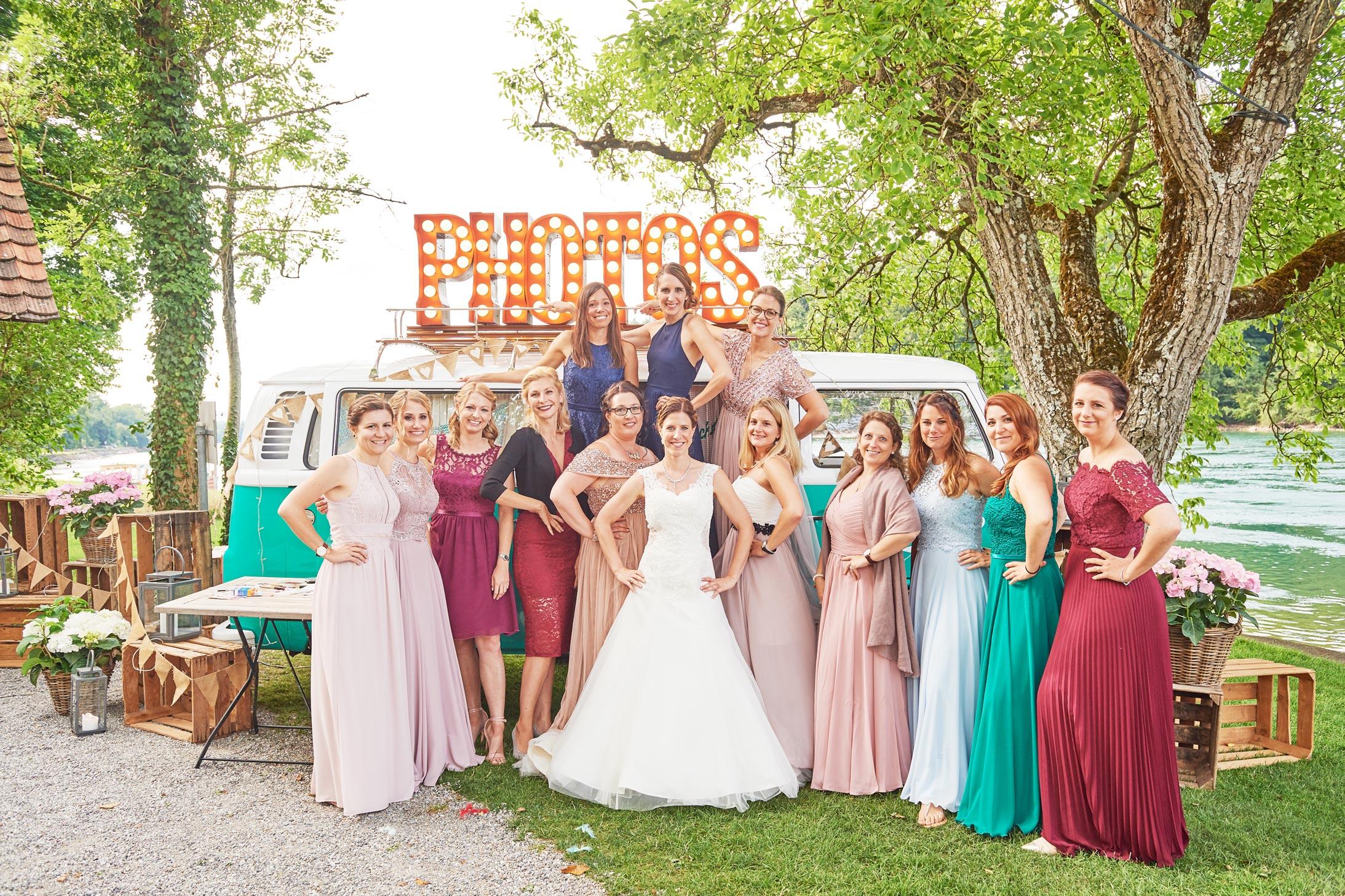 Gruppenfotos Hochzeit Retro Fotobus